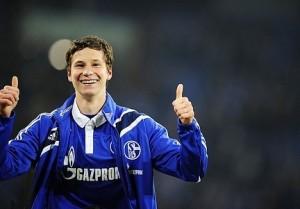 Schoolboy Draxler makes provisional German squad