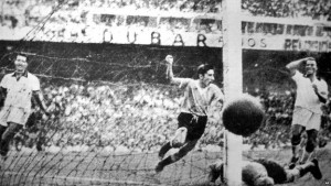 The sound of silence - Alcides Ghiggia and the Maracanazo